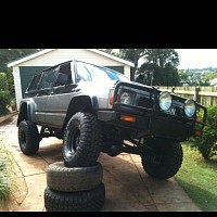 Photo of a Nissan Patrol Gq 1989 off-roading