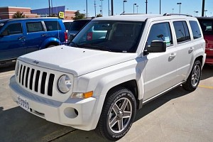 Picture of a Jeep Patriot Sport 4x4 2007