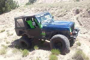 Picture of a Jeep Wrangler Sport 2004