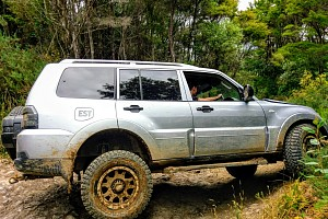 Picture of a Mitsubishi Pajero 3.8 GLS 4x4 Automatic 2007
