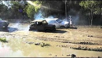 Honda CRV  Flogged offroad. Girl Driver in Mudhole.