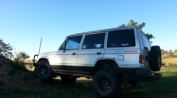 Picture of a Mitsubishi Pajero NH VG 3000 1990