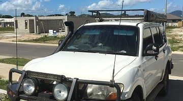 Picture of a Mitsubishi Pajero  2004