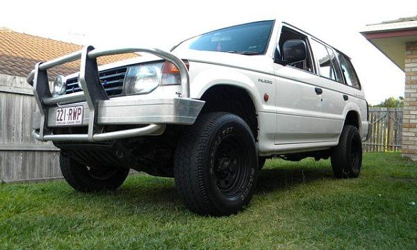 Picture of Mitsubishi Pajero NH GLX LWB 6G72 1991