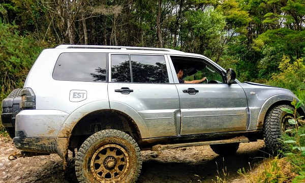 Picture of Mitsubishi Pajero 3.8 GLS 4x4 Automatic 2007