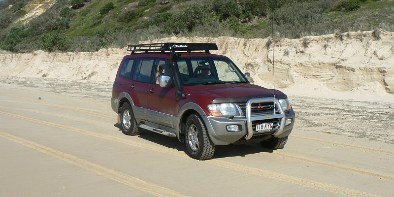 Mitsubishi Pajero NM V6 Exceed 2002 Off-Road Photo