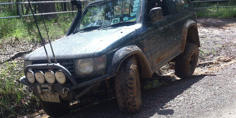 Mitsubishi Pajero Gls, 3L v6 1992 Off-Road Photo