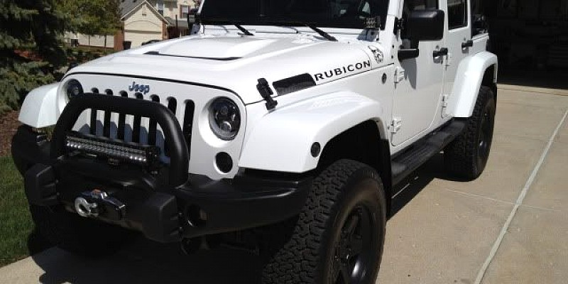 Jeep Wrangler Rubicon 2012 Off-Road Photo